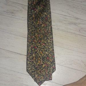 BURBERRY 100% Silk Floral Tie NWOT